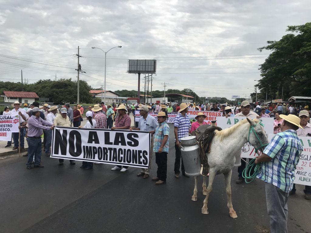 PRODUCTORES RETOMARÁN PROTESTAS