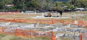 Comunidad educativa de la Escuela Miguel Alba de Soná, piden que se les construya su escuela.