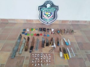 Policia Nacional realiza requisa en la cárcel pública de Santiago.
